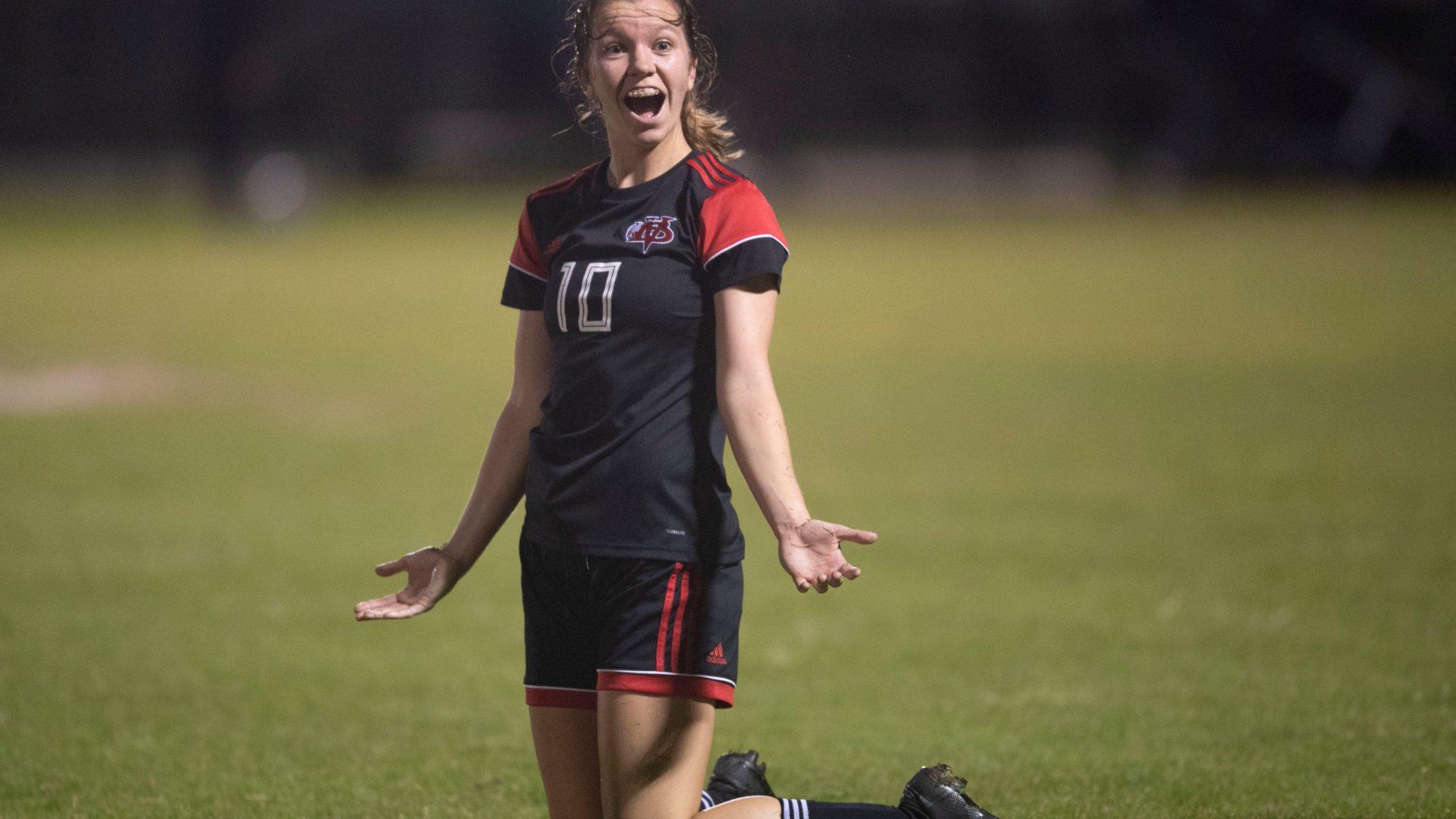 Vero Beach forward named Miss Soccer